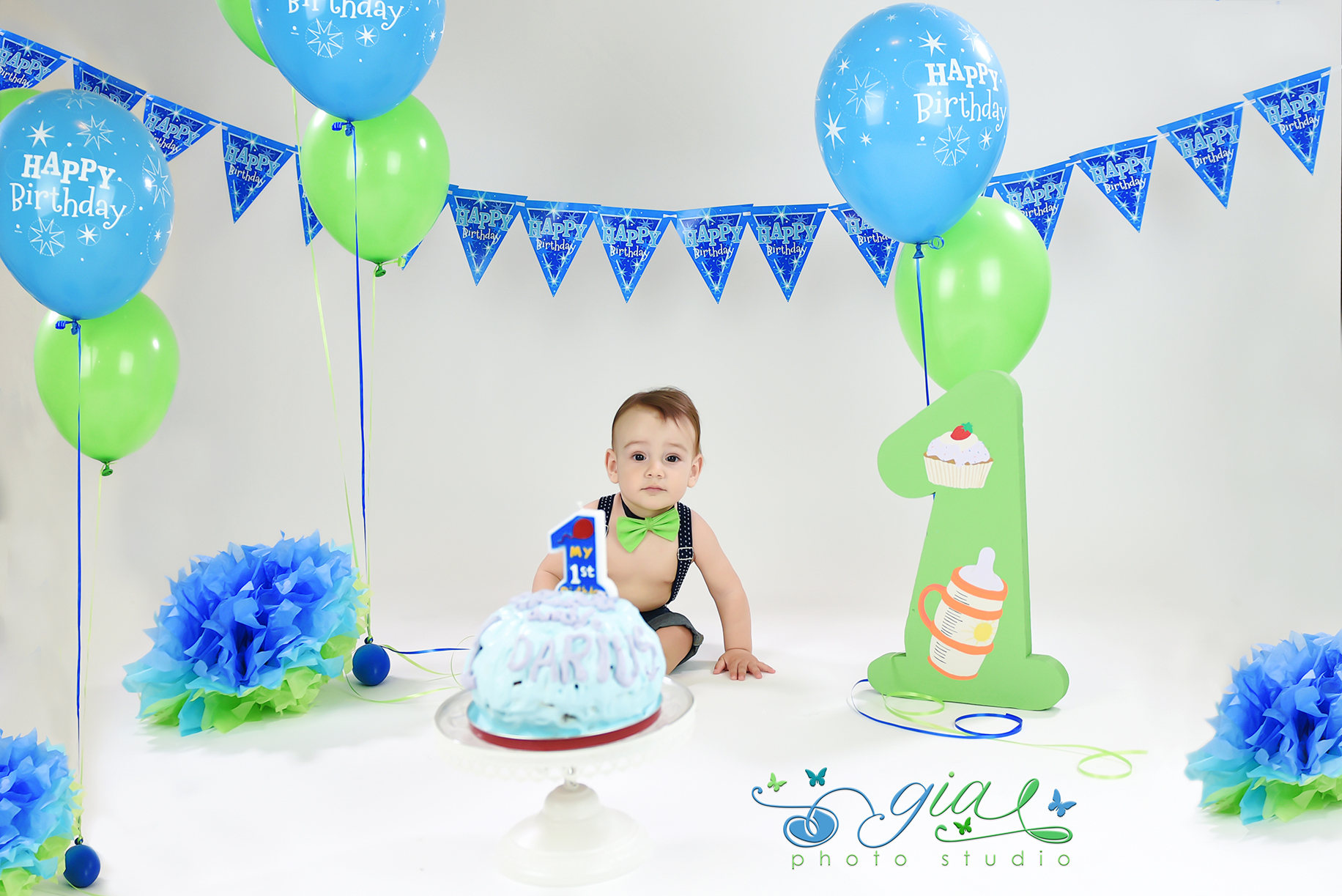 Smash the cake GIA PHOTO STUDIO