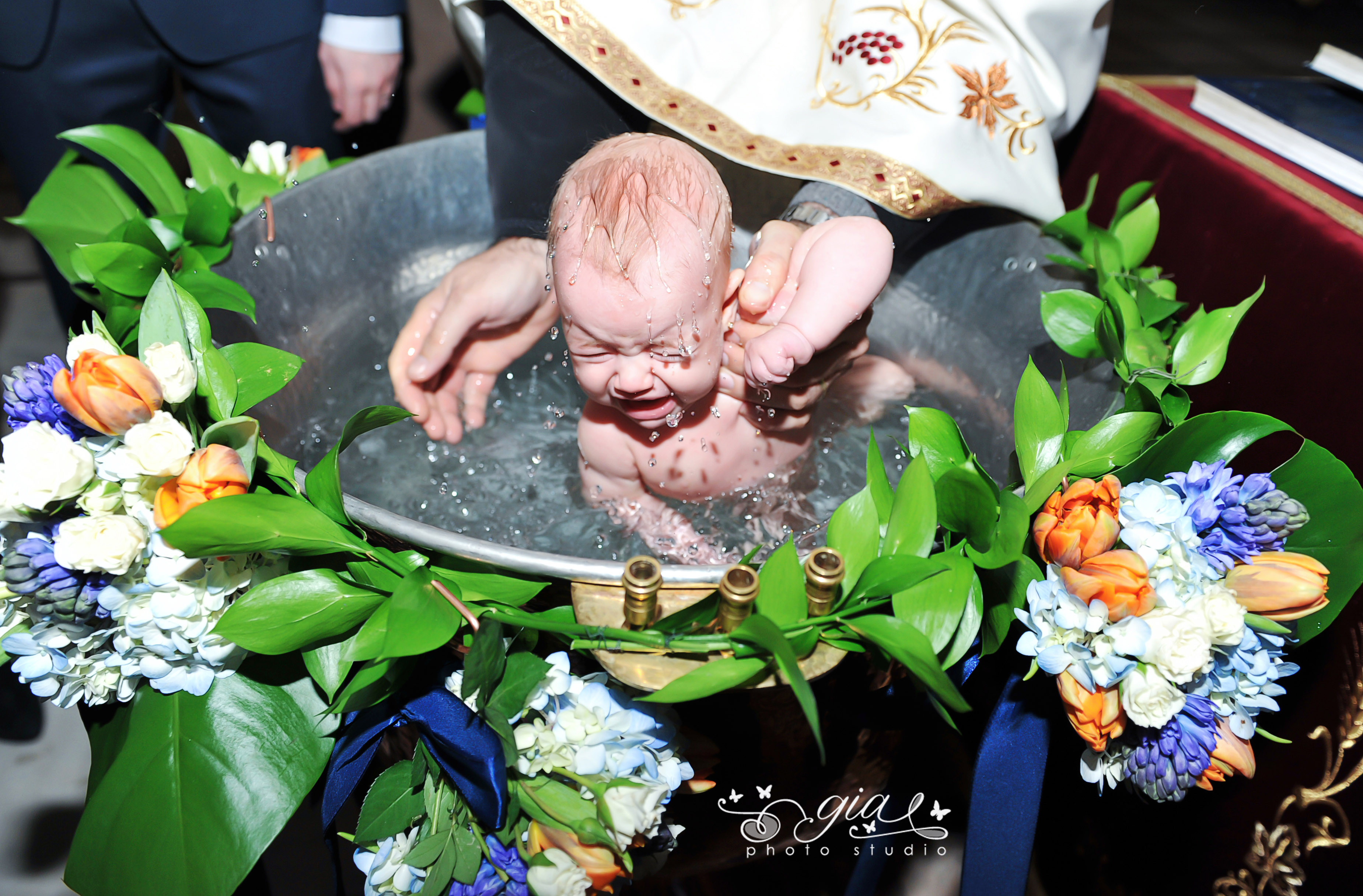Poze profesioniste pentru botez – GIA STUDIO